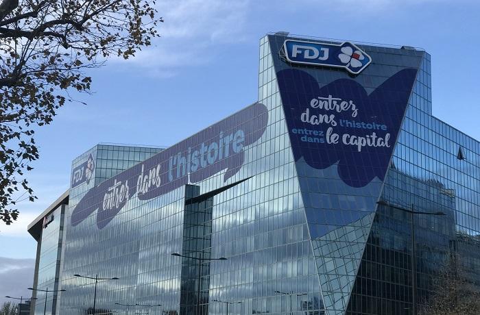 Remise des actions complémentaires par l'Etat français pour des actions acquises et  conservées 18 mois depuis l'introduction en Bourse de FDJ